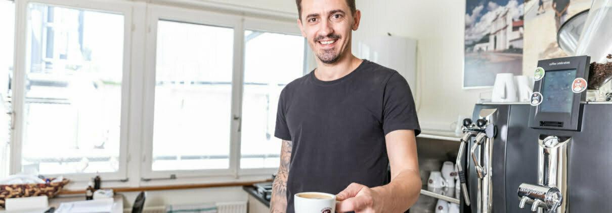 Agron Komani - Kaffeeröster Bertschi Café